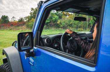 driving-jeep-wrangler
