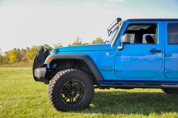 front-jeep-side