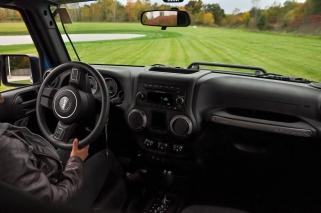inside-jeep-wrangler