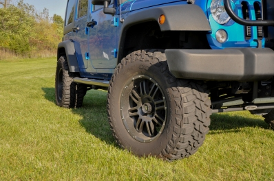 jeep-tire-front